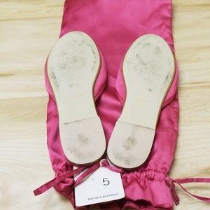 Banana Republic Shoes - Women's satin slippers